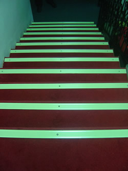glow in the dark staircase strips